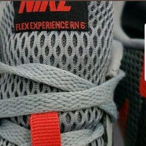 Nike Shoes - Nike Mens Sneakers Flex Experience RN 6 Running